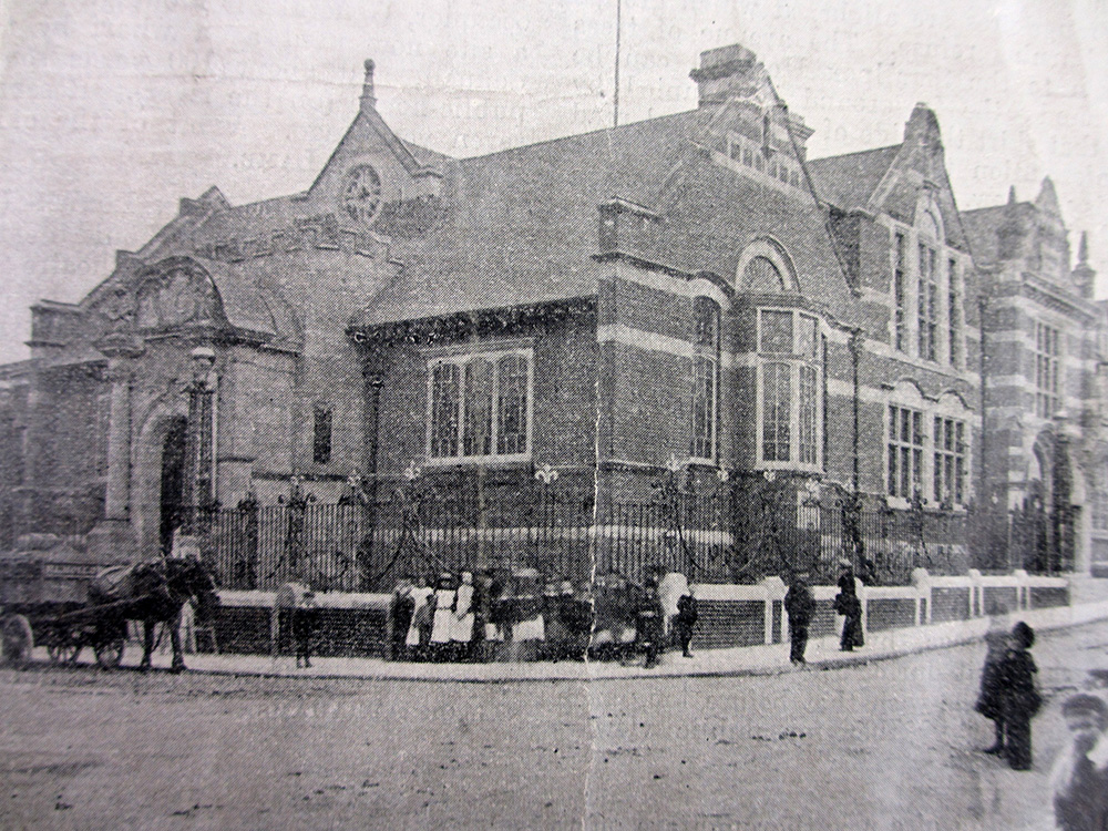 newspaper photograph of Passmore Edwards Library, Baths and Wash Housee
