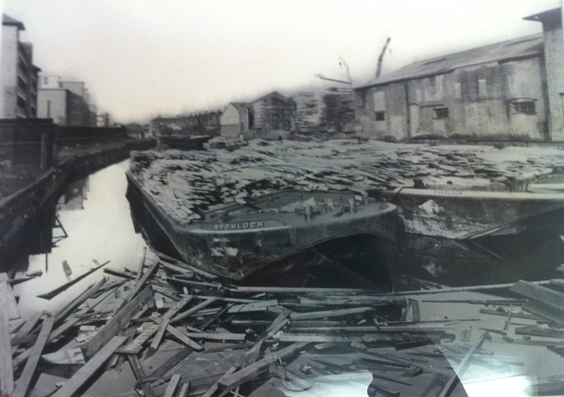 Photo of timber barges on the Surrey Canal